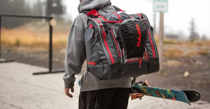 d965deff91 A ski boot bag is a piece of equipment that doesn t get the credit it  deserves. That s because many people wonder why they need one of these bags  in the ...